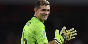 Emiliano Martinez Networth, Biography, Career and Awards in 2020